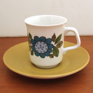 "画像1: J&G Meakin ""Topic"" coffee cup and saucer designed by Alan Rogers"