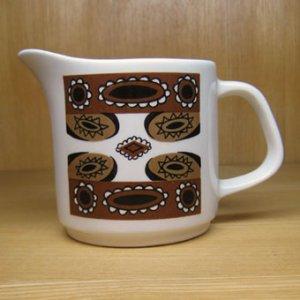 """画像1: J&G Meakin """"Maori"""" creamer/milk pitcher by Jessie Tait"""