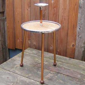 画像1: 灰皿付きサイドテーブル