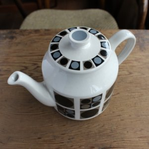 "画像3: Midwinter ""Focus"" tea pot Barbara Brown design"