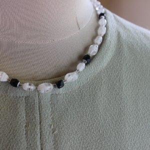画像2: Vintage glass necklace from England