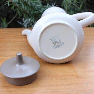 """画像4: Poole pottery """"Mushroom and Sepia"""" large tea pot"""