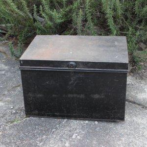 画像1: Old military trunk from England