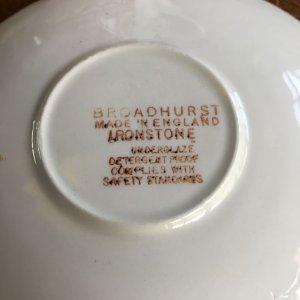 "画像4: Broadhurst ""Grosvenor"" tea cup and saucer design Kathie Winkle"