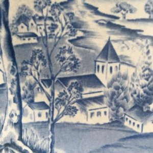 """画像2: Midwinter """"Happy Valley"""" plate designed by Jessie Tait"""
