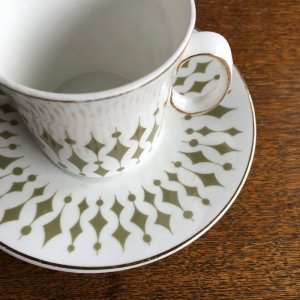 "画像2: Hostess Tableware ""Greenway"" tea cup and saucer design by John Russell"