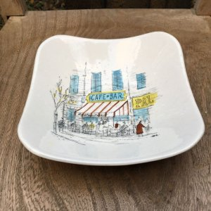 "画像1: Midwinter ""Cannes"" dish designed by Hugh Casson"