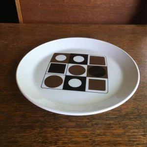 """画像3: Johnson Brothers """"Variations"""" cake plate designed by Barbara Brown"""