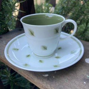 """画像1: Susie Cooper """"Whispering Grass"""" demitasse cup and saucer"""